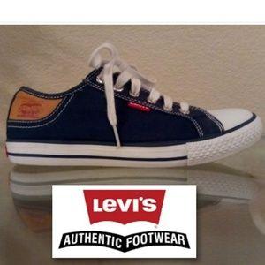 Womensl's Levis Stan Buck sneakers